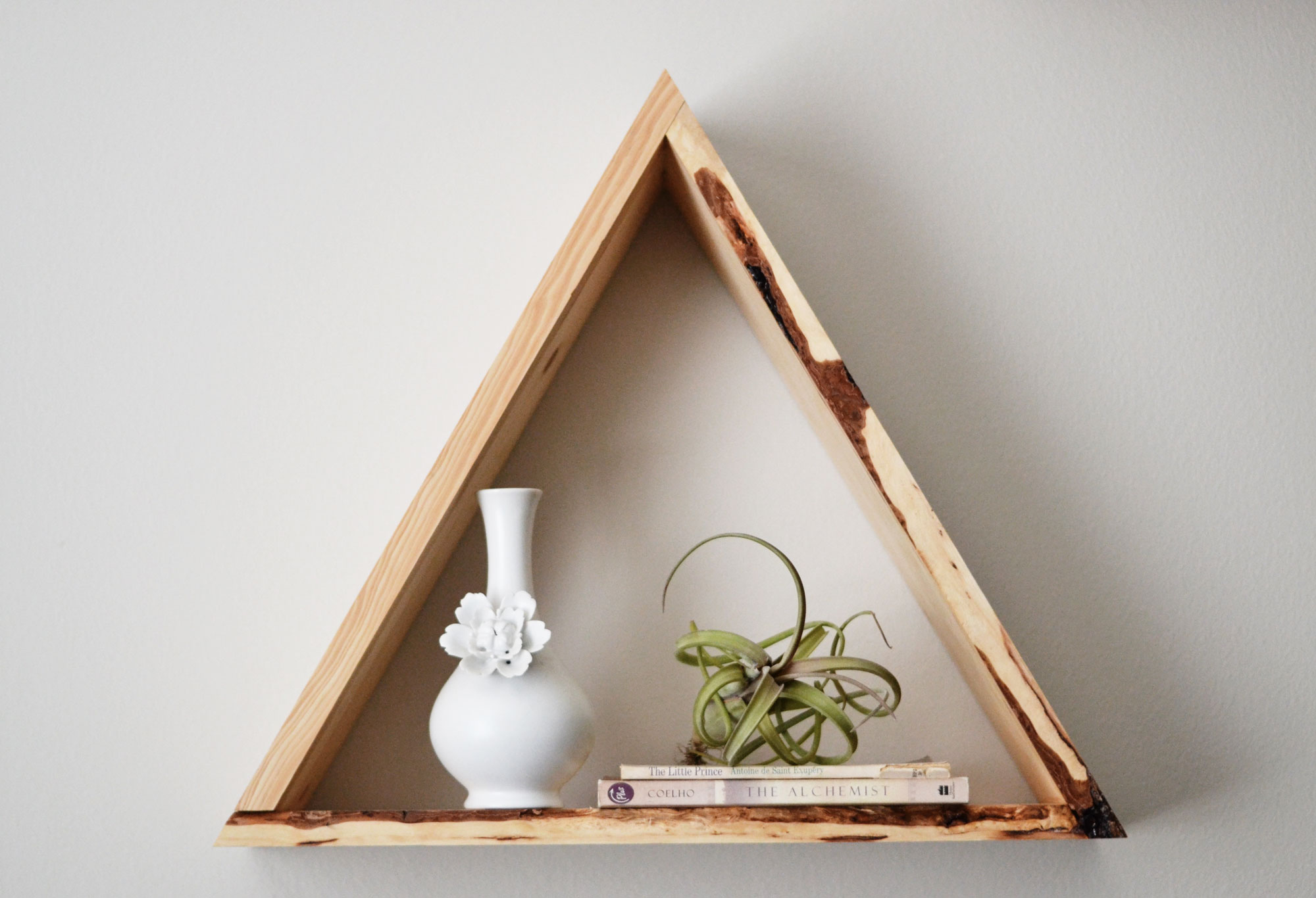 Triangle bookshelf 28 images geometric shelves simple yet eccentric and great for triangle - Triangular bookshelf ...